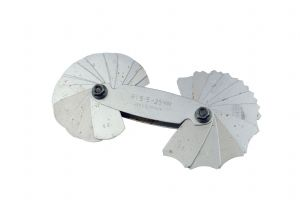 Radius Gauge R 15.5 - 25mm, 32 leaves, Locking Screw, Internal, External, Toolmaking. D8048